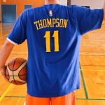 クレイ・トンプソンTシャツでテンションアップ!