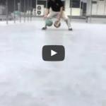 ドリブル練習動画「2ボールドリブル 1ドリ フロントチェンジ&レッグスルー」